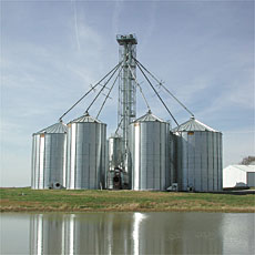 Farm-Com Grain Storage Bins